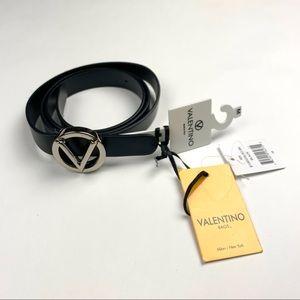 100% Authentic Valentino leather belt 🖤